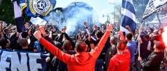 Grosse ambiance devant le stade avec près de 400 supporters des Girondins