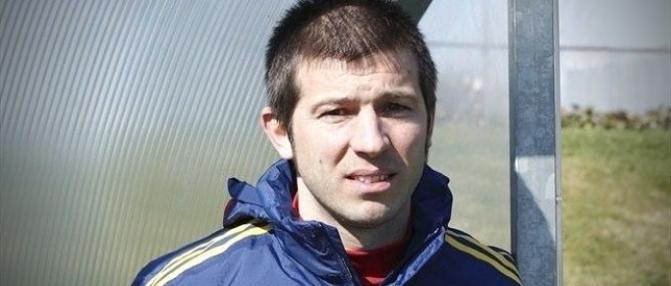 L'ancien joueur des Girondins Albert Celades renvoyé de Valence