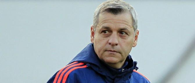 """Bruno Genesio : """"Bordeaux ? C'est une équipe qui a des moyens"""""""