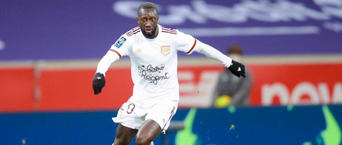 Les Girondins pourraient discuter prolongation avec Youssouf Sabaly