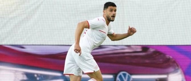 Loris Benito a joué avec la Suisse