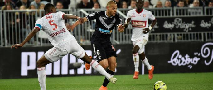 Jules Koundé face à Martin Braithwaite en Liga