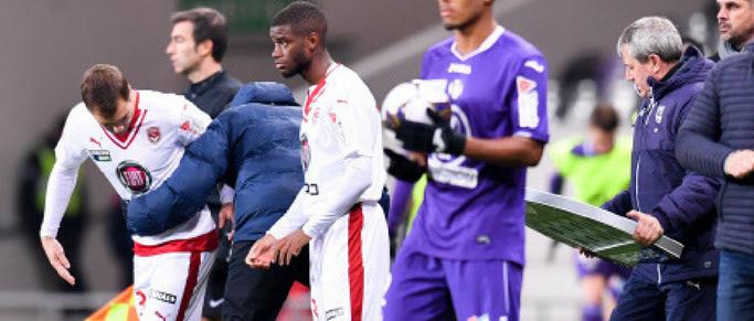 Un attaquant formé aux Girondins signe professionnel en Ligue 2