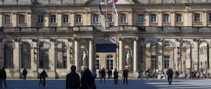 Philippe Poutou et Bordeaux En Luttes répondent aux Ultramarines
